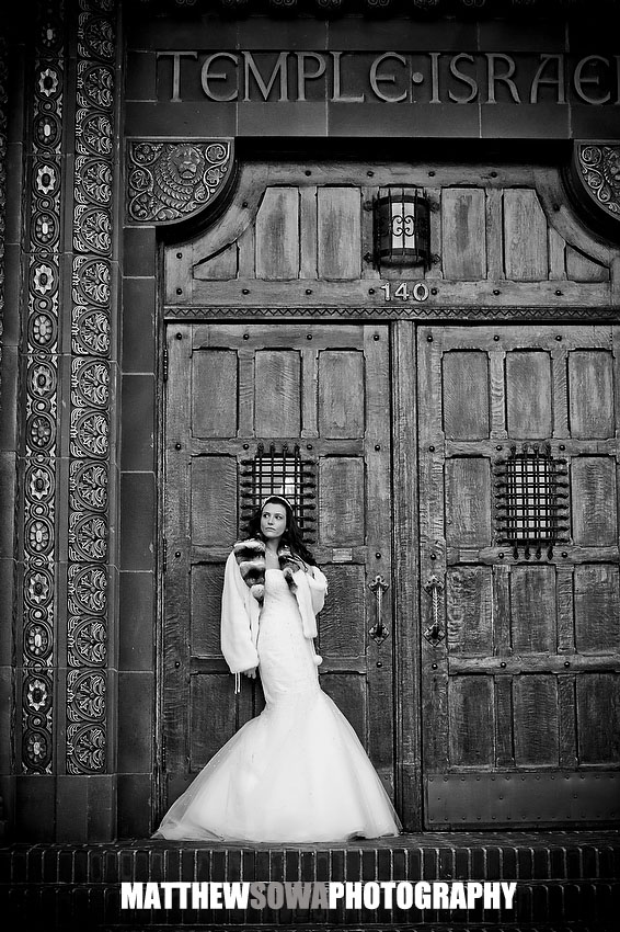 37b. Jewish wedding photography, temple Israel of lawrence wedding photography